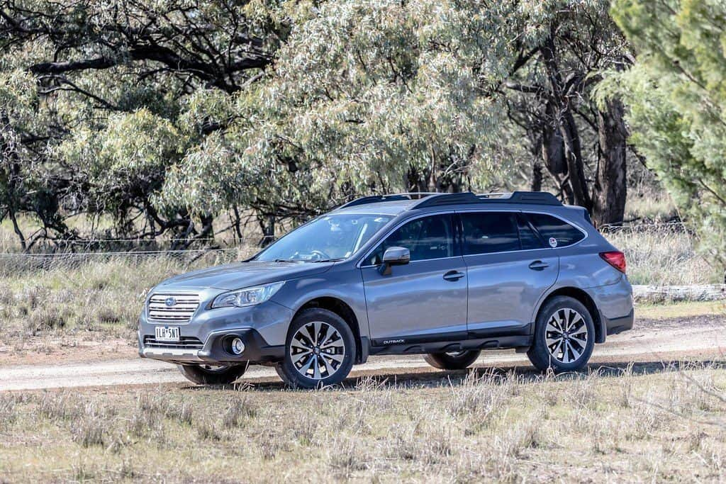 subaru outback car